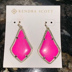 Kendra Scott Magenta Earrings